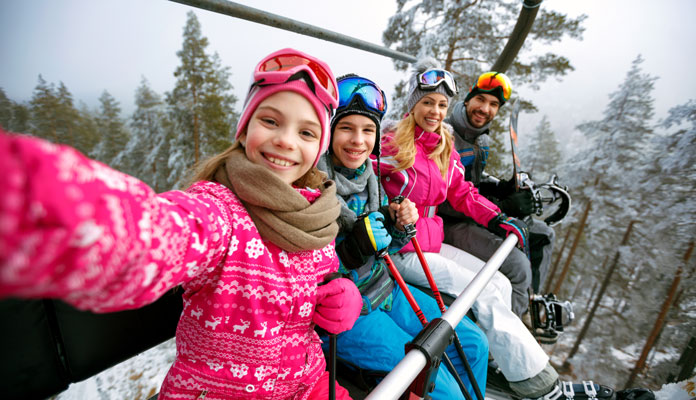 Skidresa familj Schweiz