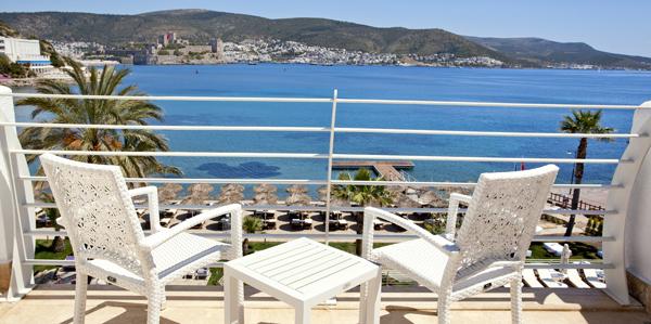 Uitzicht vanaf het balkon in Hotel Voyage Bodrum