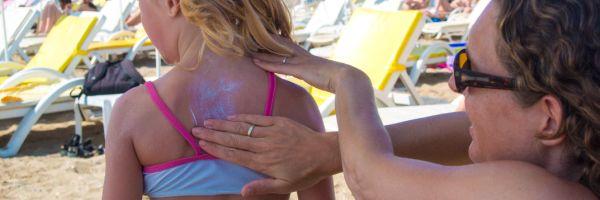 insmeren-zonnebrand