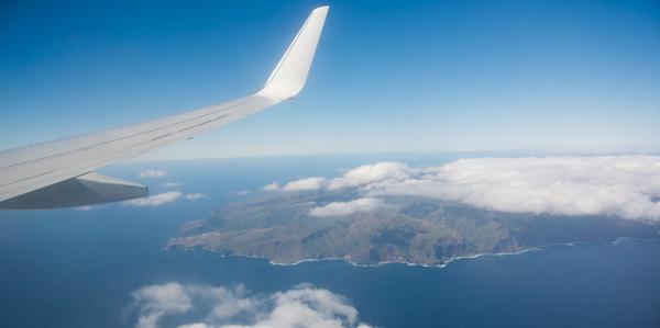 De-aankomst-met-het-vliegtuig