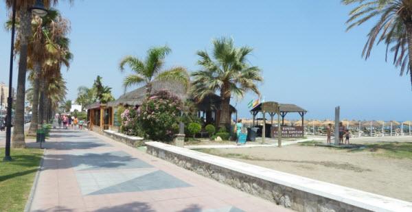 Is het fantastisch aan de Costa del Sol? - Strandhutjes
