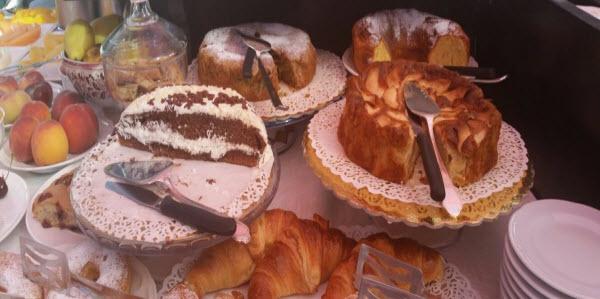 Breakfast cakes Casa Turchetti