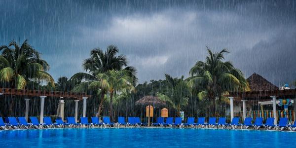 slecht weer vakantie