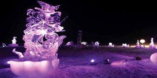 Sunweb wintersport - Frankrijk - Valloire - IJssculpturen