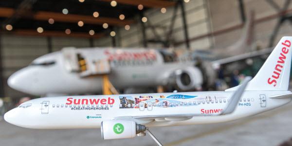 Sunweb - Vliegtuig - klein en groot
