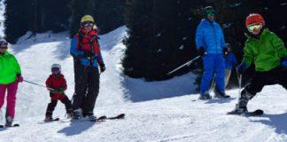 Familie wintersport Mayrhofen