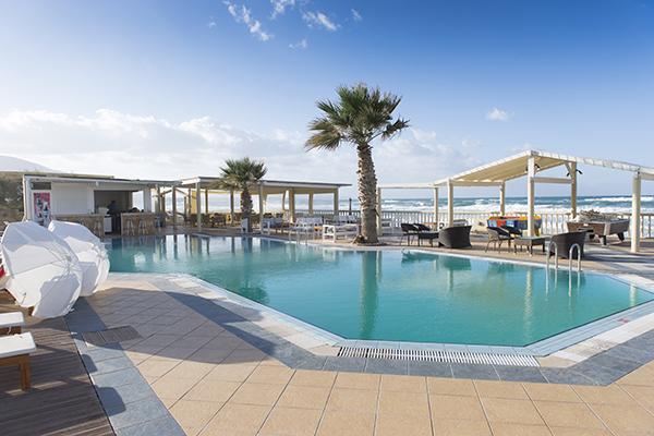 Schitterend zwembad bij Selections appartement op Kreta