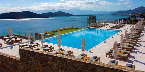Prachtig uitzicht vanuit de kamer in Royal Marmin Bay hotel.