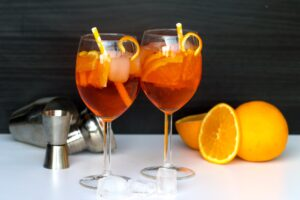 Alpine feeling at home with a Aperol Sprtiz
